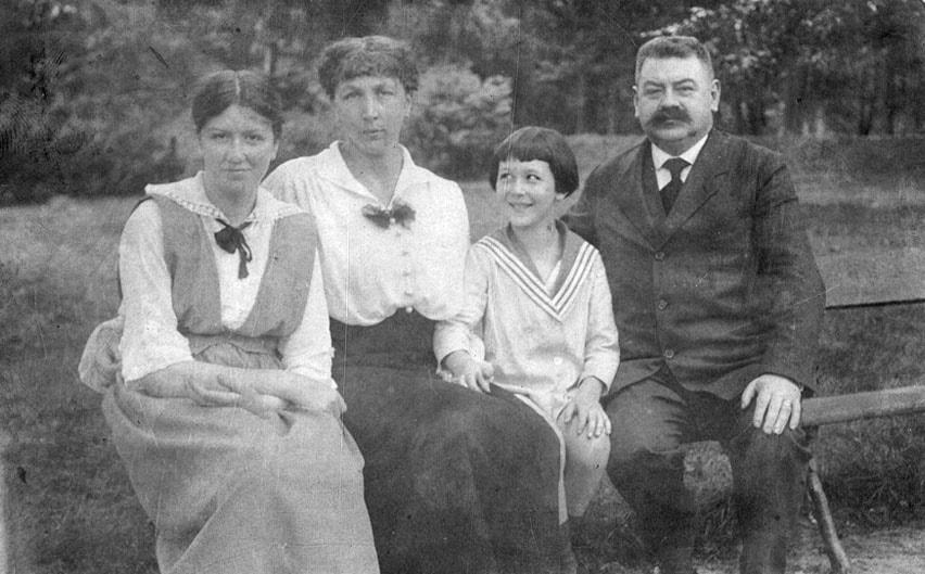Maria iMieczysław Hertzowie zdziećmi